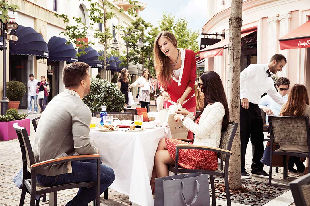 Las rozas village clothing store gomadridpride - The first outlet las rozas ...